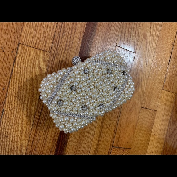 Handbags - Pearl/ diamonds clutch 😍